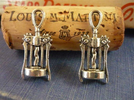 10 pcs Antique Silver Wine Opener Charm (SC346)