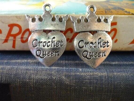 "10 pcs Antique Silver ""Crochet Queen"" Heart Crown Charms 25mm (SC457)"