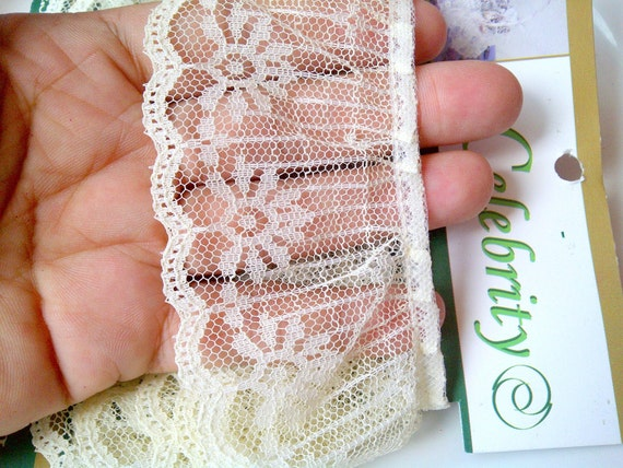 Ivory Lace Trim, Vintage Lace, Ivory Lace from Panama, Vintage Ivory Lace, Trim Lace Made in Mexico
