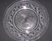 """Hard-to-Find Imperial Cape Cod 10"""" Dinner Plate in Very Good Vintage Condition"""