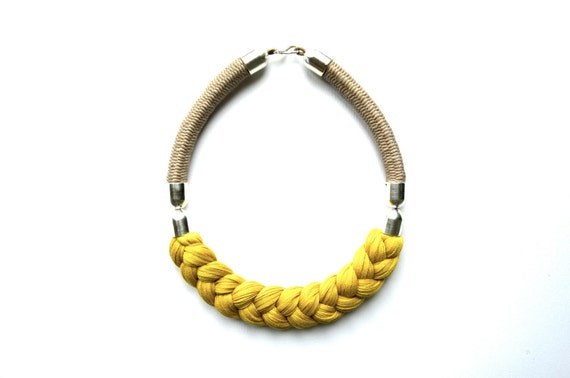 necklace (Isabella)