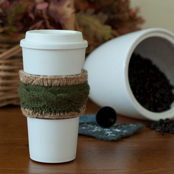 Green Cable Knit Cup Sleeve