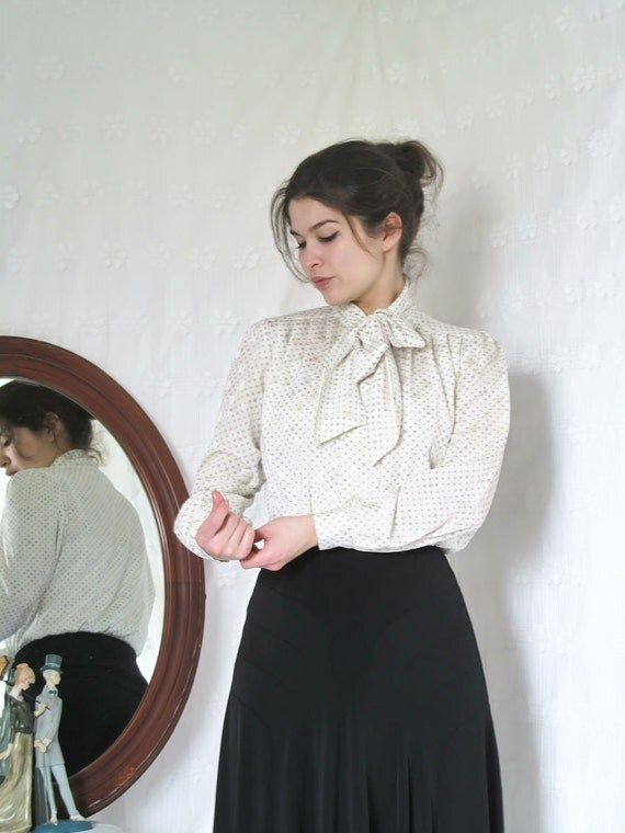 1980s Vintage White and Grey Secretary blouse with tie