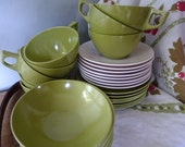 Retro Green Melmac Set by Sun Valley- 32 Pieces/Service for 8