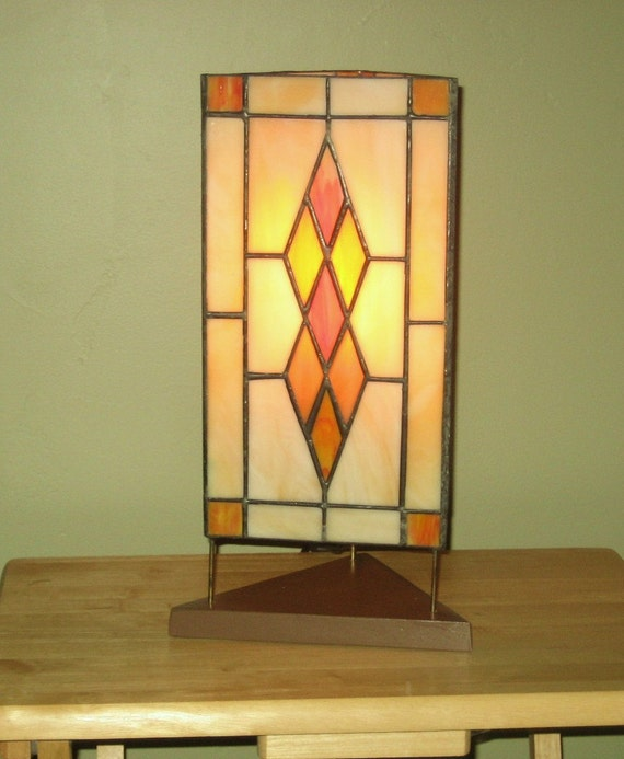 classic argyle pattern stained glass lamp by barbsstainedglass. Black Bedroom Furniture Sets. Home Design Ideas