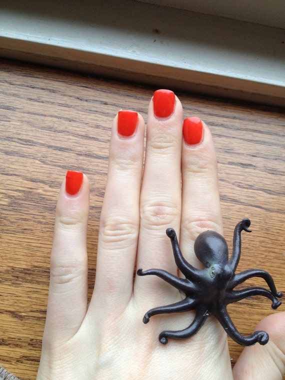 Adjustable Plastic Toy Octopus Ring