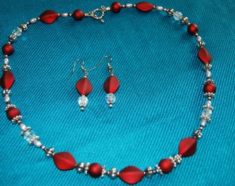 """Burgundy, crystal & pearl 20""""  necklace and earring set"""