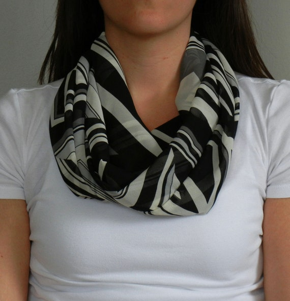 CUSTOM LISTING // Tara  // SALE // Black and White Abstract Print Infinity Scarf