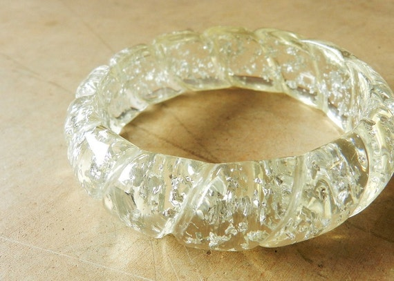 Vintage 50's LUCITE BRACELET - Silver Confetti, Foil, Glitter / Clear Lucite / Twisted Design / 2 Available