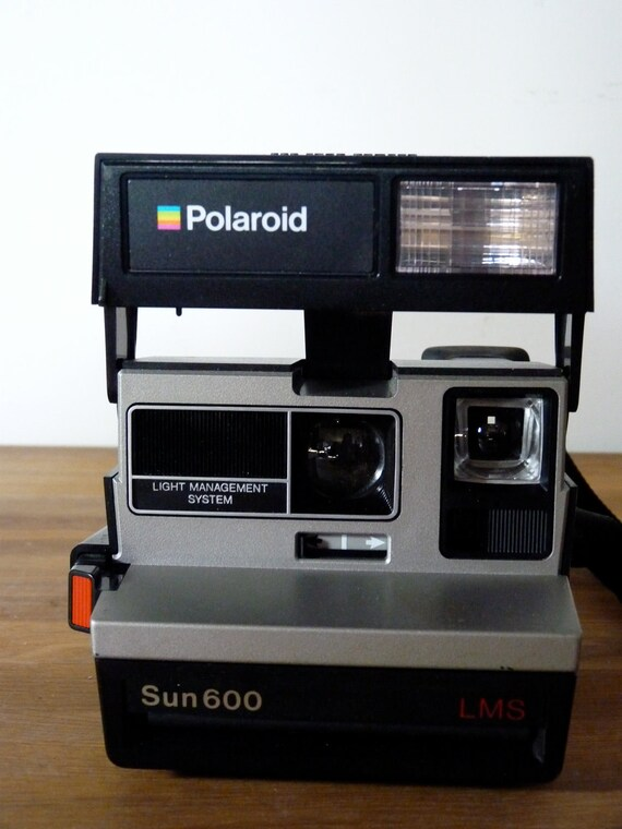 SALE Vintage Polaroid Camera Sun 600 LMS Light Management System