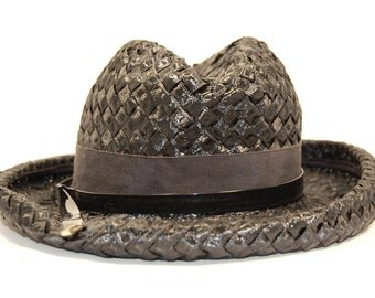 1960s Vintage Black Straw Hat with Black Grosgrain and Gold Tipped Belt