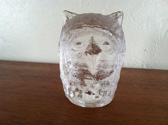 Vintage Pukegerg Sweden Crystal Art Glass Paperweight Horned Barn Snow Owl