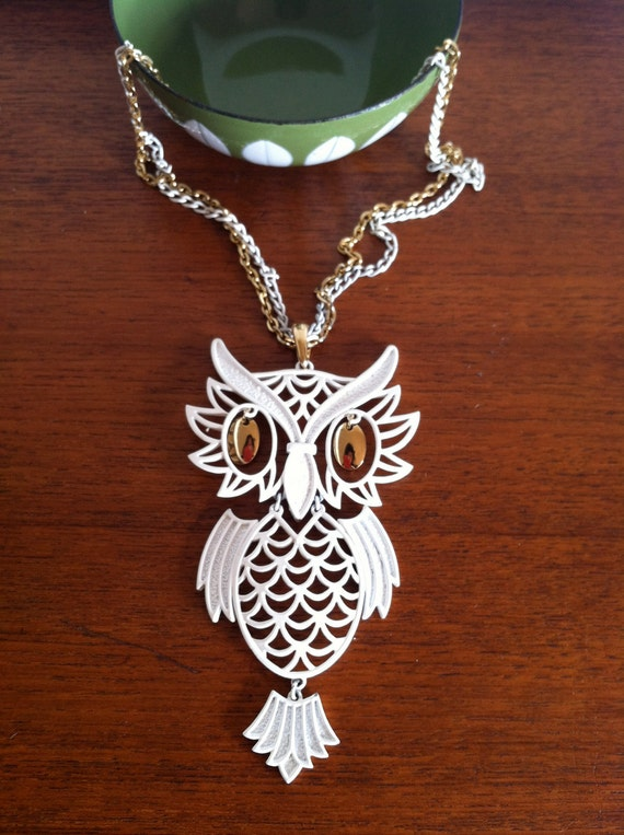 Vintage Groovy White and Gold Articulated Owl Pendant 1970s