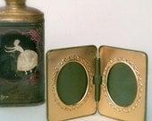 Vintage Vacation  Travel  Frame  Green  Vinyl/Leather  Gold frame