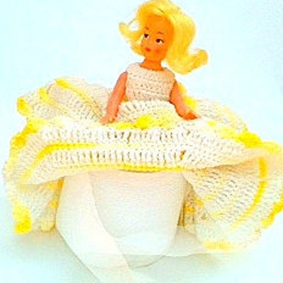 """Vintage"""" MARILYN MONROE"""" Toilet Paper Dol  Shabby Chic  Yellow and White Crochet Ruffled Gown"""