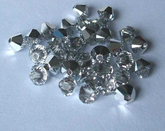 144 SWAROVSKI 5328 Bicone Crystal Beads 4mm Comet Argent Light