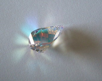 1 SWAROVSKI 6020 HELIX Pendant 18mm Crystal AB