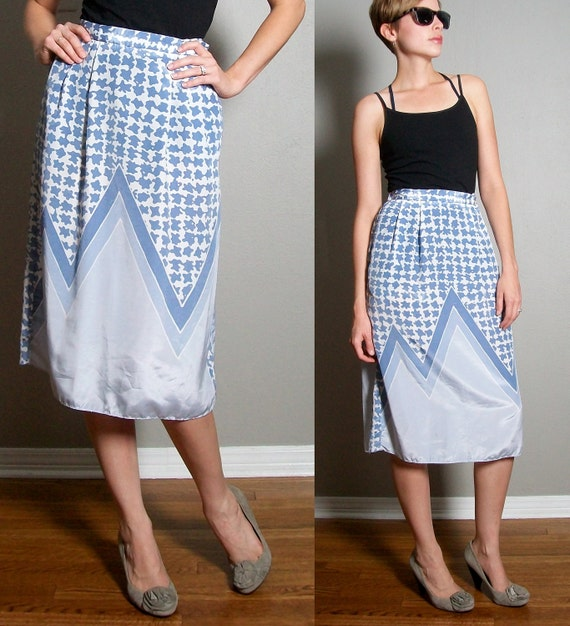 Skirt Pastel Blue Print  -  High waisted - 80s 90s hipster - Vintage