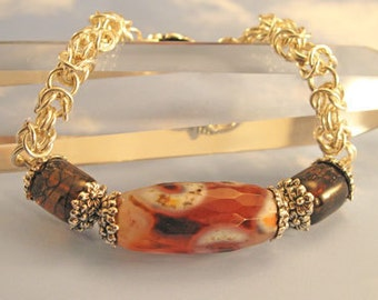 Natural Agate Bracelet with Byzantine Chainmaille