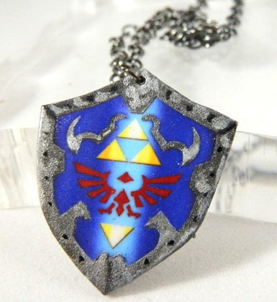 Princess Zelda Jewelry: Items Similar To Legend Of Zelda Hylian Shield Necklace V1
