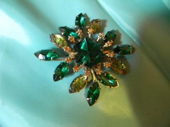 Fleur-De-Lis, Green Rhinestones, Vintage Brooch, Just Reduced