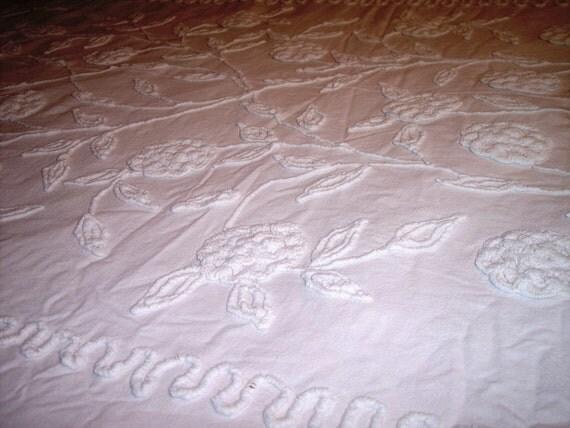 Vintage Chenille  Heavy Needle Tufted Bedspread