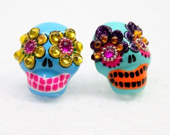Skull in a-day is the day of the dead earrings E0011