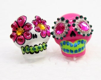 Skull in a-day is the day of the dead earrings E0018