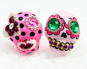 Skull in a-day is the day of the dead earrings E0049