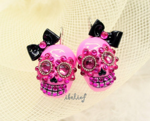Skull in a-day is the day of the dead black bow earrings EP0008