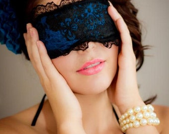 Sexy eye mask to help you sleep or have fun , eitherway its a winner