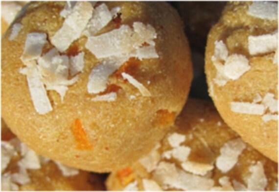 Organic Grain Free Coconut Carrot Snowballs
