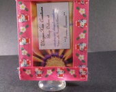Picture frame Hello Kitty with pink ribbon free standing green felt backing fits wallet size photo