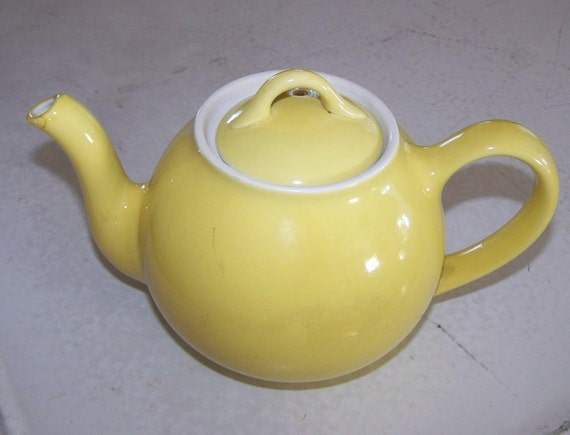 Vintage Yellow Hall Teapot