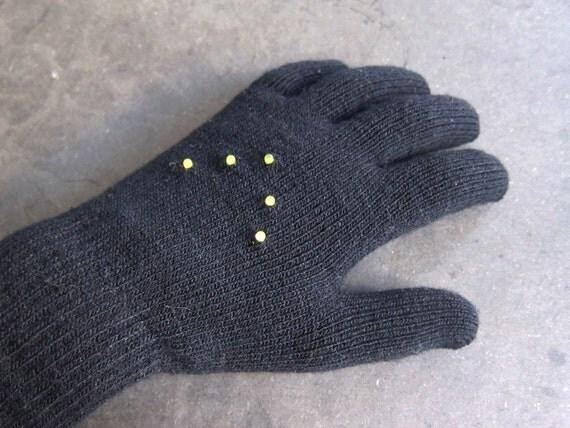 Early Winter Night Biking Gloves