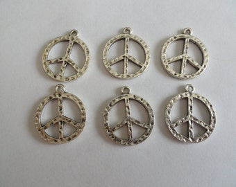 CLEARANCE Hippie Peace Sign Pendant Pendant Charm (12) Tibetan Silver Style 7/8 Inch Double Sided Hammered Texture