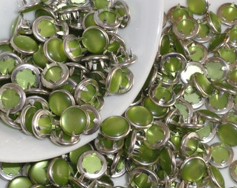 12 Lime Green Pearl Snaps Set  4 Part Prong Size 16
