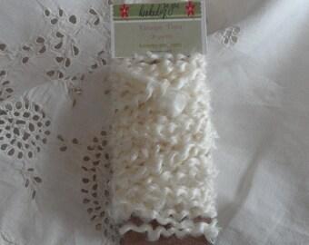 Vintage Ivory Trim Destash 10 Yards Scrapbooking , Gift Wrap Ribbon, Santa Beards