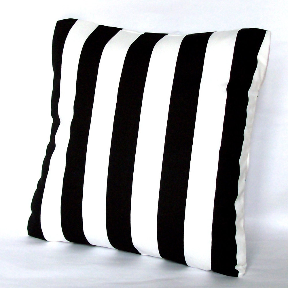 black and white pillow cover striped 18x18 or 20x20 inch. Black Bedroom Furniture Sets. Home Design Ideas