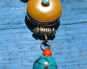 Earthly Flavor - This Necklace - Tibet Pendat, Semi-Precious Stones, African Glass Beads