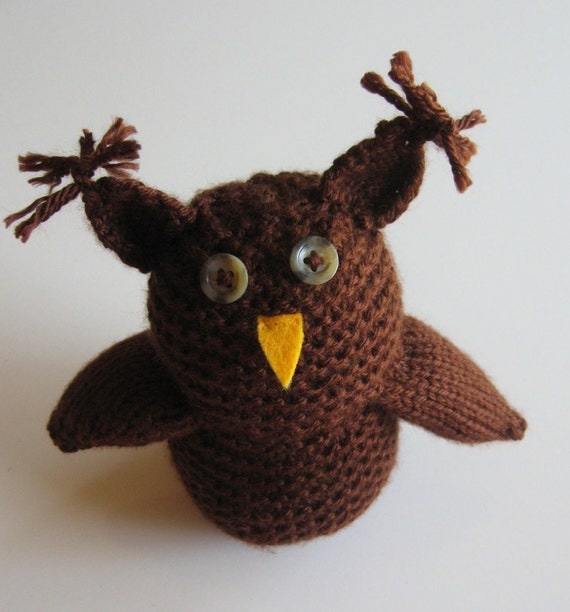 Knitted Little Chocolate Owl