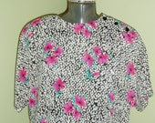 Vintage 80s Slouchy Blouse - Batwing Sleeves - Elastic Waist - Floral Shirt