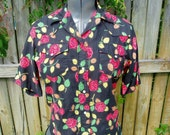 Vintage Red Rose Western shirt - Pearl Snap Buttons - Rockabilly -S/M