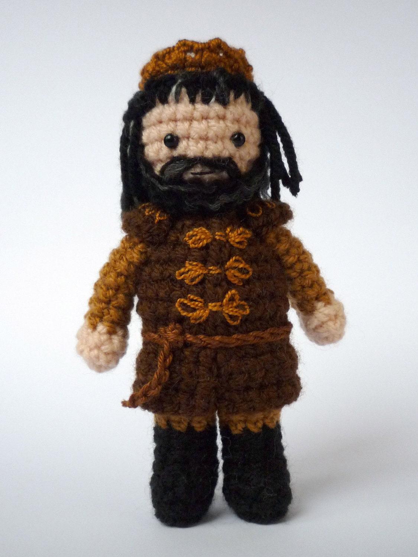 Game Of Thrones Amigurumi Pattern Free : King Robert Baratheon: crocheted Game of Thrones doll