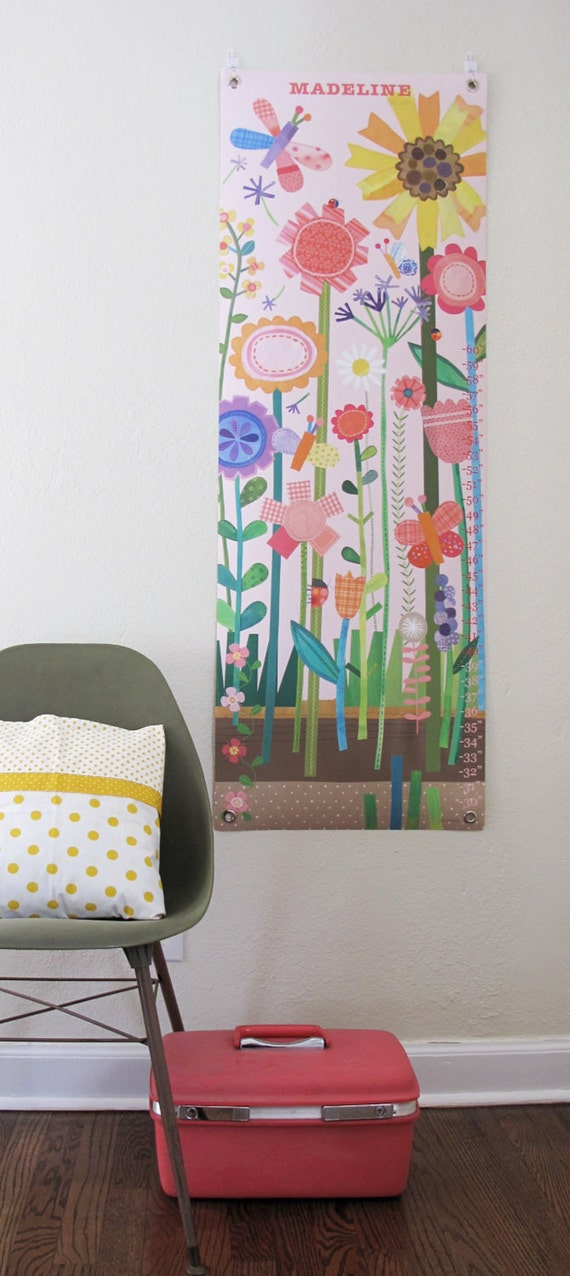 Growing flowers - Personalized Canvas growth chart