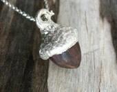 Morado acorn necklace in wood and silver