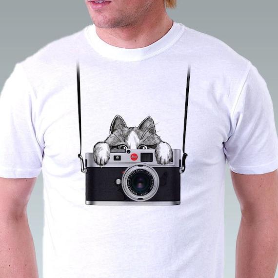 Camera Shirt Retro Camera T-Shirt Vintage Camera Leica Crazy Kitten Cat funny t-shirt Mens T-shirt - White Tee - in Sizes S, M, L, XL, XXL