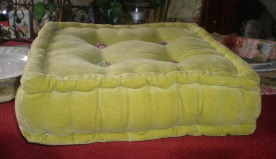 Vintage Creative Living Brand Green Chartreuse Plush Cotton Floor Chair Cushion with Floral Buttons India