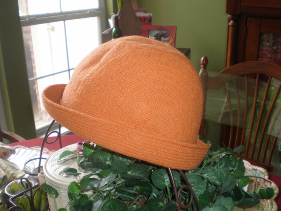 Vintage Men's Women's Irish Tweed Orange Cloche Lined Hat by Tara A.S. Cooper Men's Shop Bermuda XL