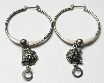 Steampunk Jewelry, Alice in Wonderland Cheshire Cat Hoop Earrings, Alice in Wonderland Jewelry, Steampunk Earrings, Gears , Disney Jewelry